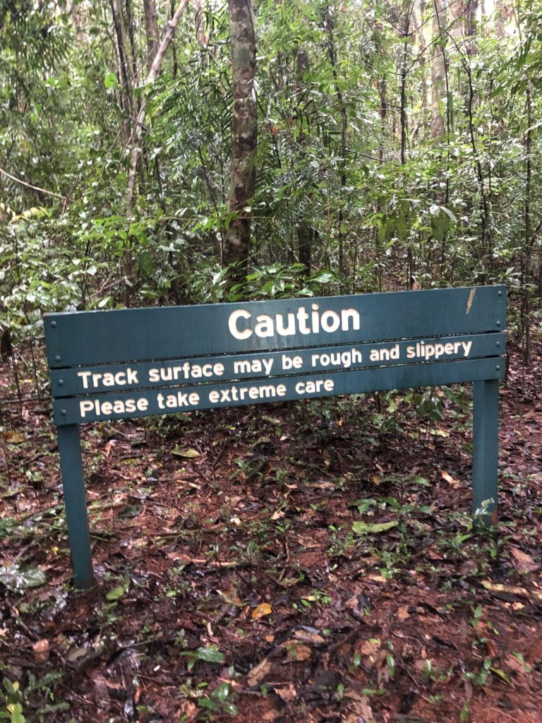 Tchupala and Wallicher Falls caution sign on path
